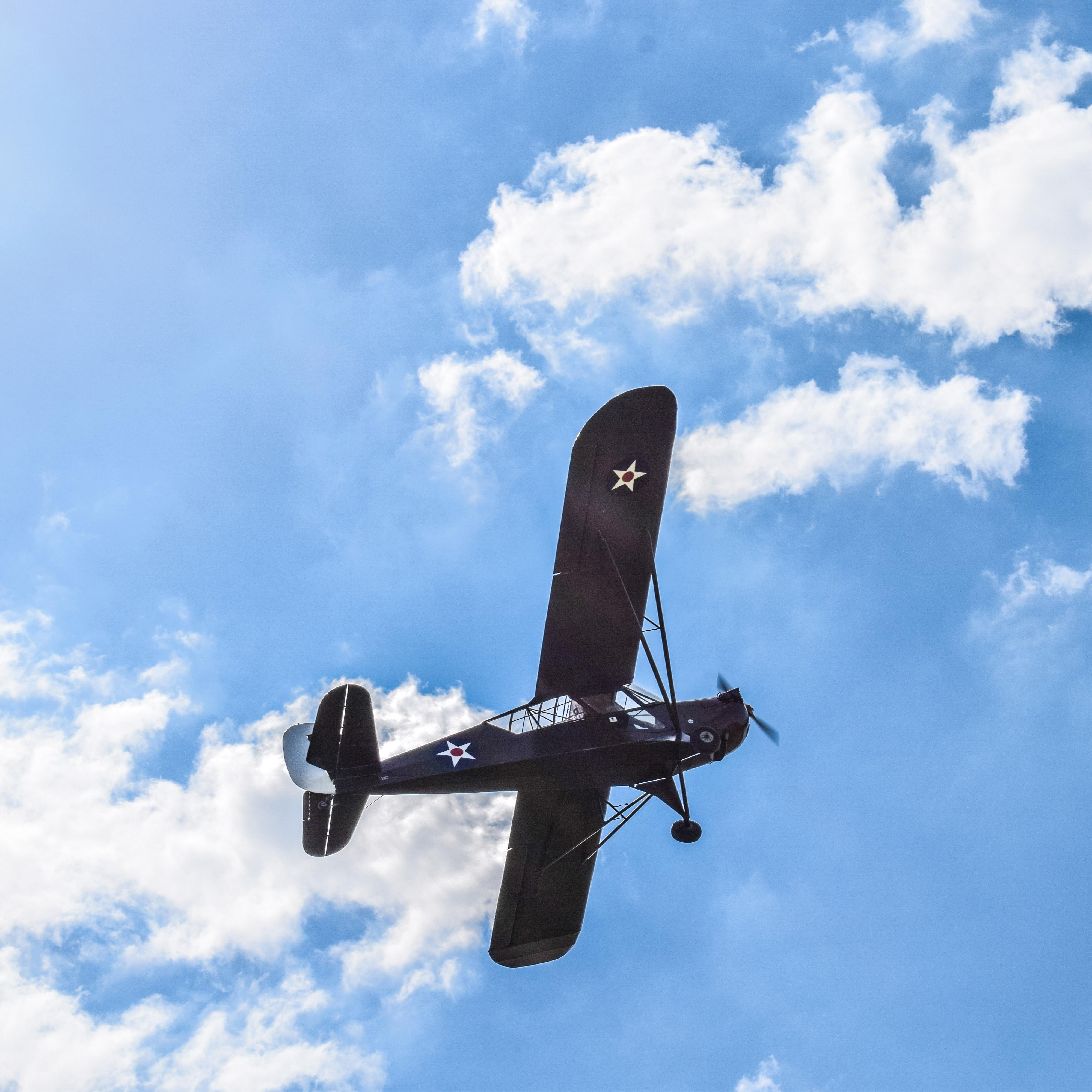 Huub in zijn Aeronca L-3